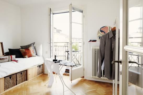 Fastighetsmäkleri fantastic frank balkong stockholm östgötagatan
