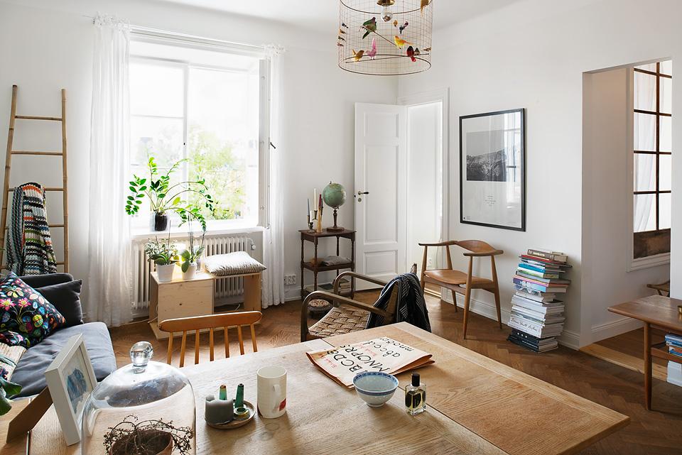Fantastic Frank Living room