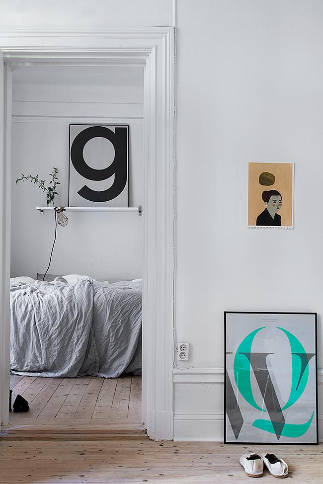living-room-fantastic-frank