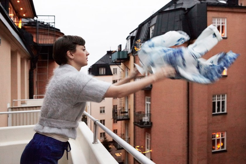 MES DAMES på balkongen på Birger Jarlsgatan Fantastic Frank Fastighetsmäkleri