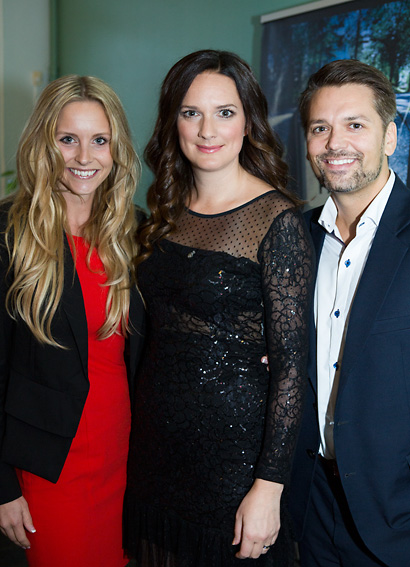 Emelie Schepp med make och Sofie Sarenbrant