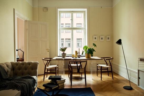 Sofie Sarenbrant Visning pågår vardagsrum