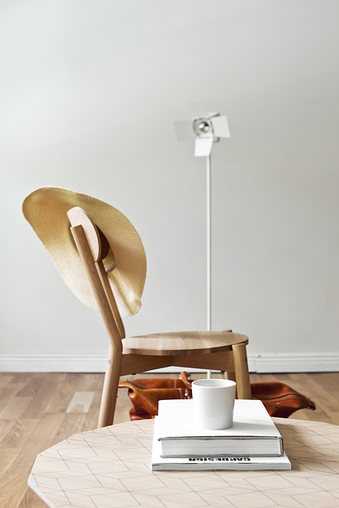 Karimoku New Standard Zero Lighting