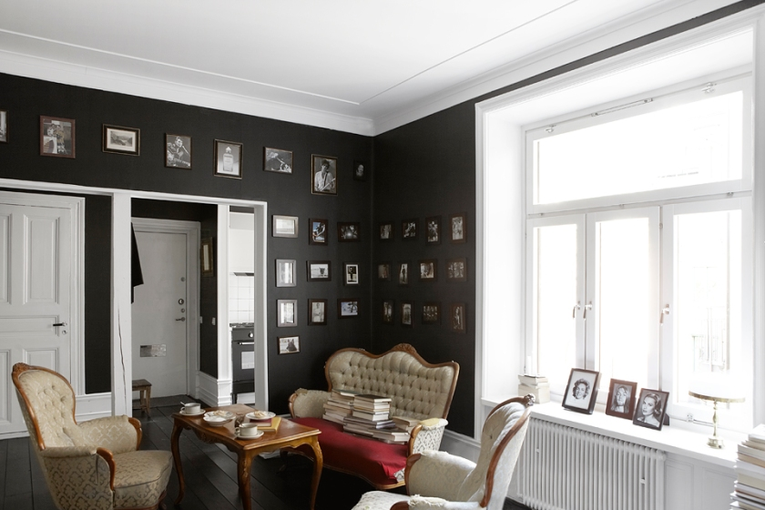 Vardagsrum soffmöbler tavlor
