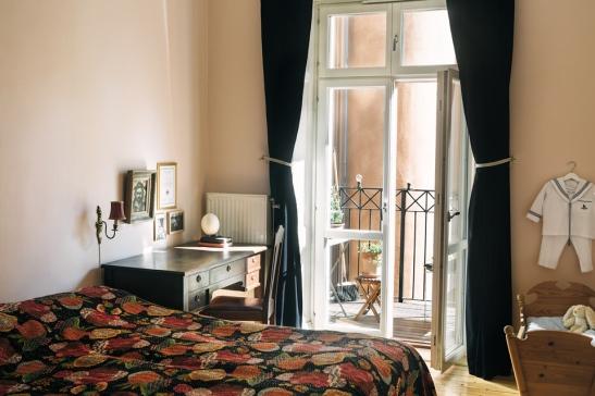 sovrum balkong gardiner
