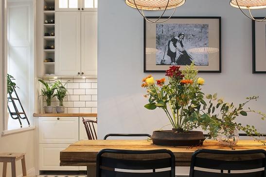Matbord kök stolar