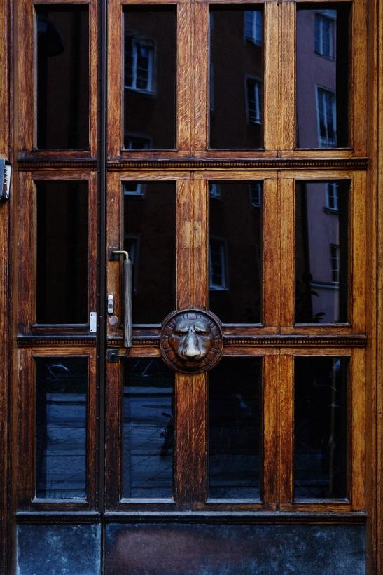 Dörr trä