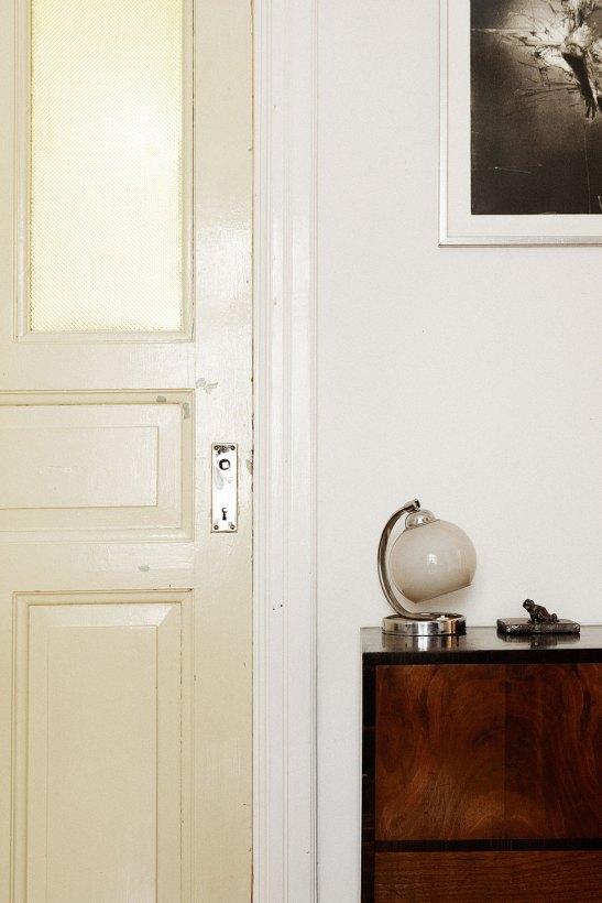Dörr byrå lampa
