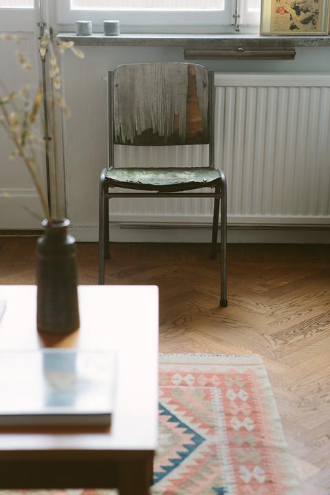 Stol bord matta vardagsrum