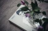 tidning vas blomma