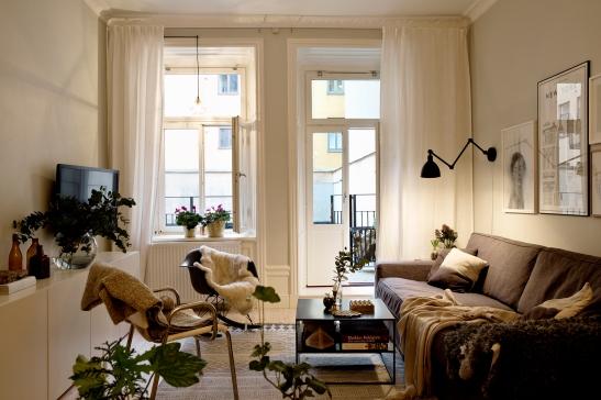 Vardagsrum fåtöljer lampa