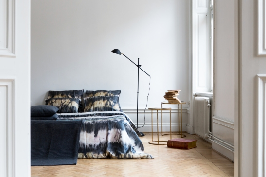 sovrum lampa batique sängkläder Dis