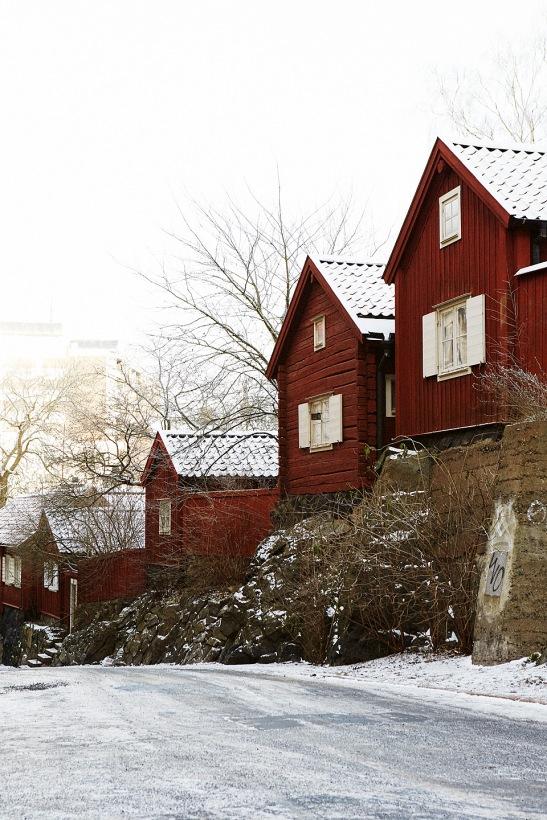 Hus röd trä