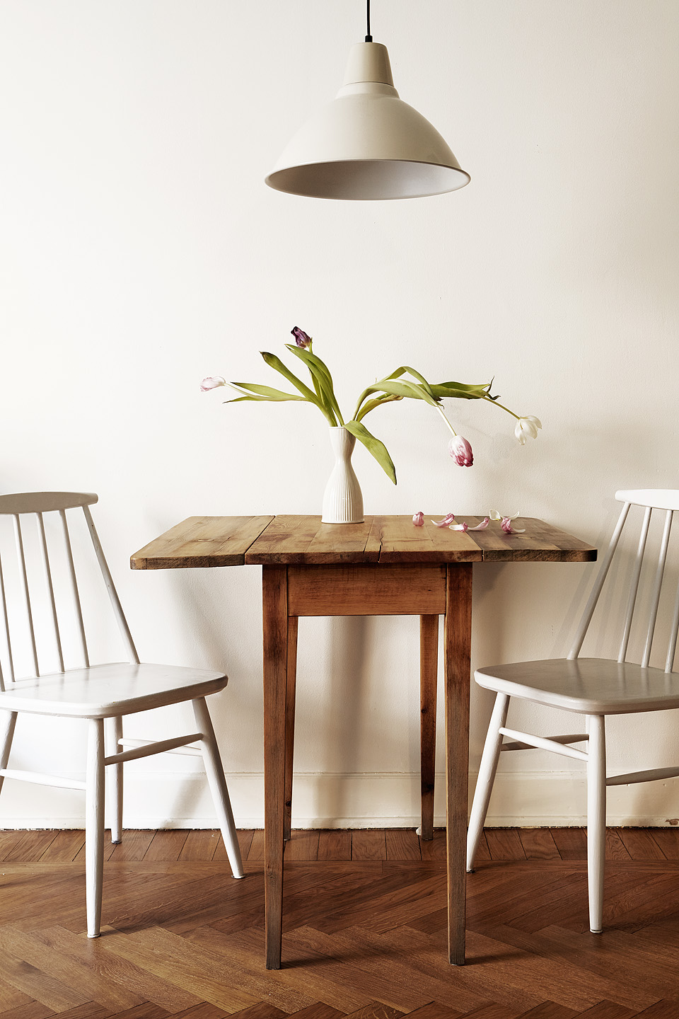 Utvalda selected interiors 2015 2 fantastic franks blog for Eating tables for small spaces