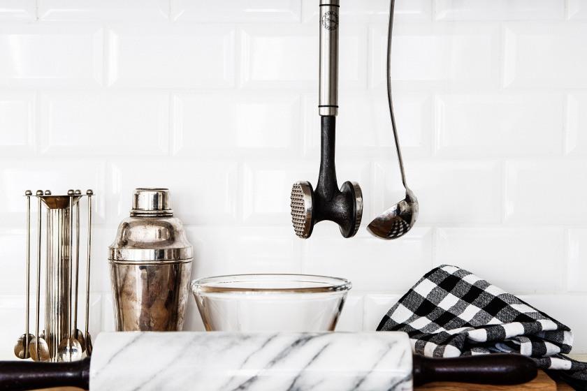 kök marmor köksredskap handduk