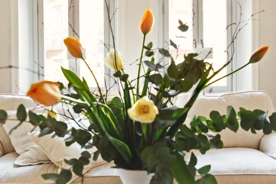blommor soffa