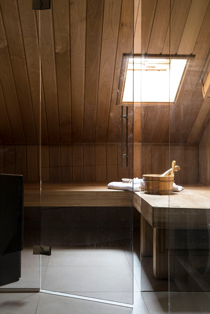 Bastu badrum takvåning trä