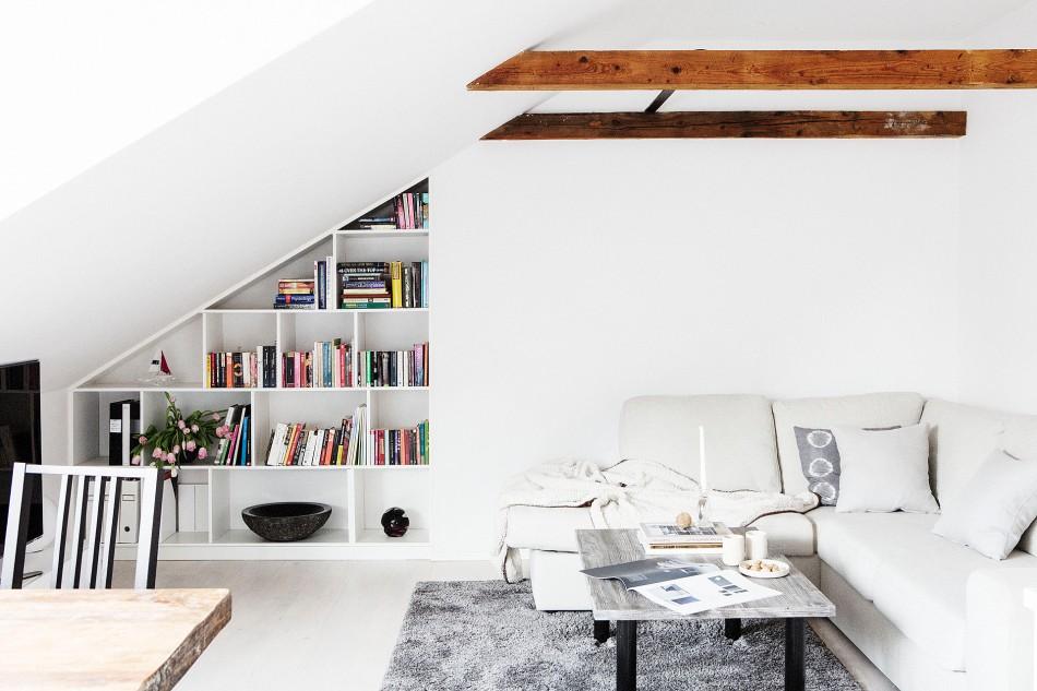 vardasgrum soffa soffbord matta bokhylla takvåning