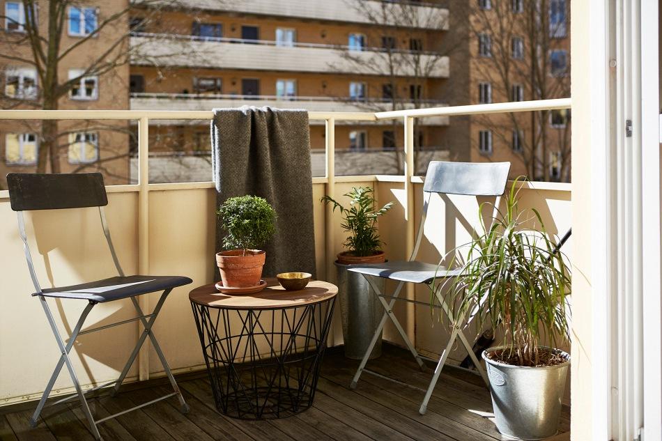 kungsholmen-balkong-sommar-sol