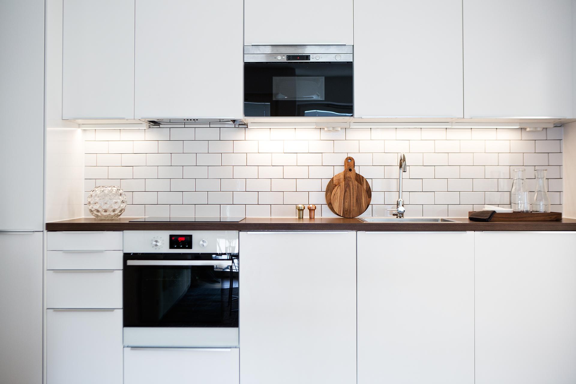 Vitt Lantligt Kok Ikea : K?k med vitt kakel k?k Pinterest