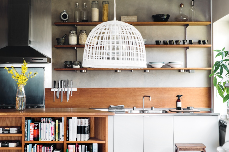 Stora Essingen kök köksö trä betong nätlampa rostfritt
