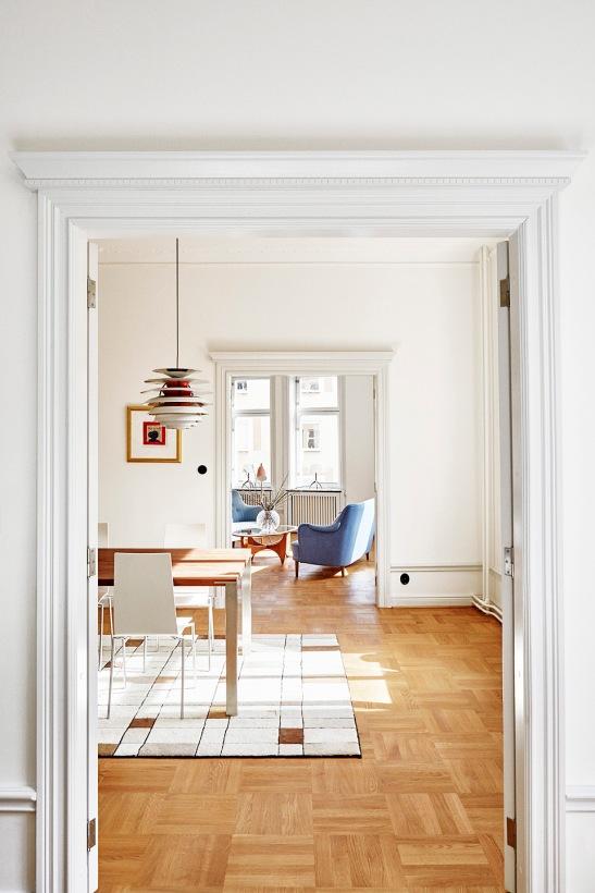 vasastan-målat-dörrfoder-årets-bild-rum-i-fil