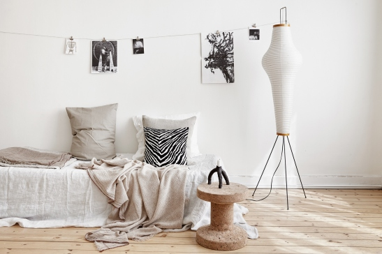 bondegatan stockholm redwood cork dahl agenturer dirty linnen pillows living zebra room vardagsrum etta posters black white beige lamp rislampa candle santacole fantastic frank