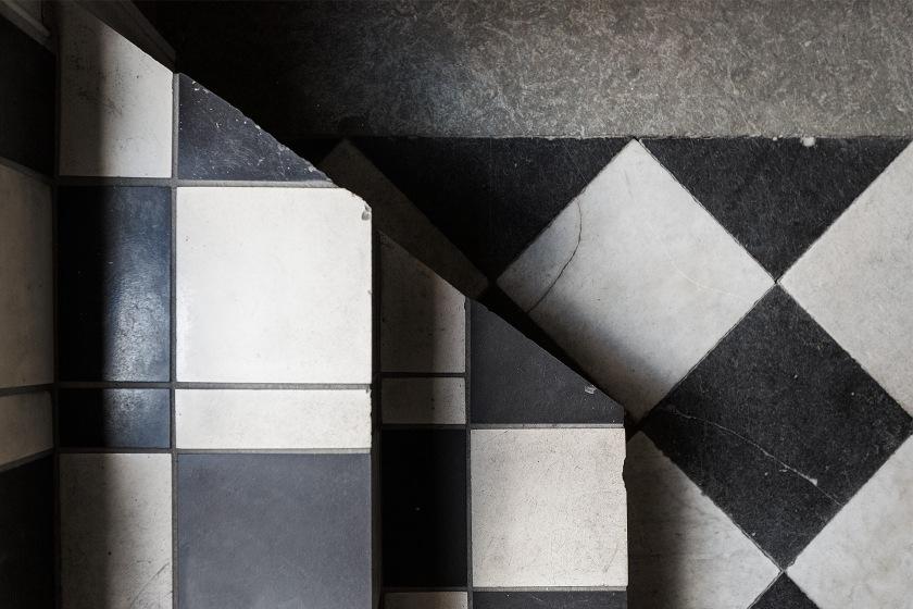Norrmalm ytterhall trapphus schack svart vit