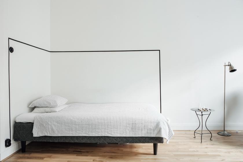 Odenplan säng inramad säng ram trägolv