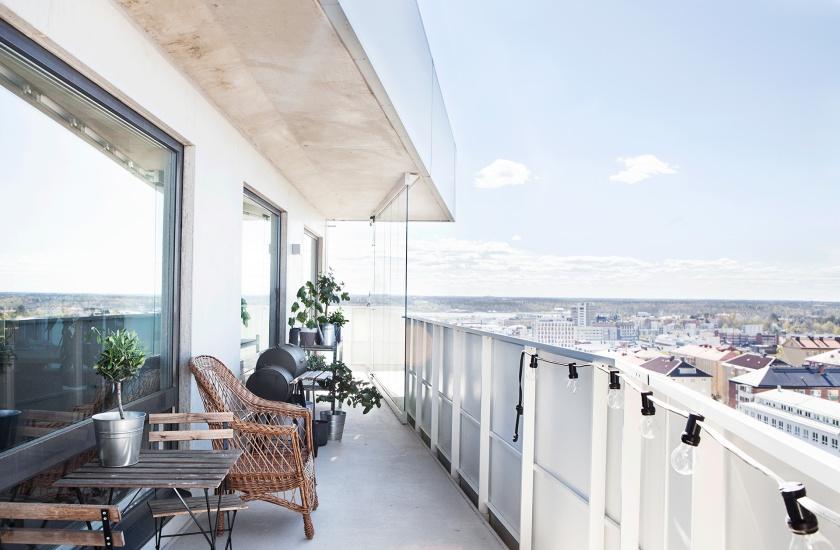 Sundbyberg balkong utsikt with a view grilla