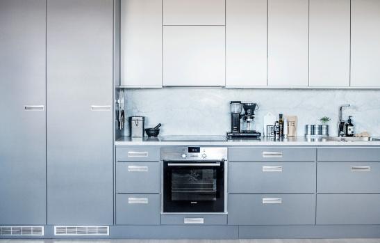 Sundbyberg kök stålgrå grå blå
