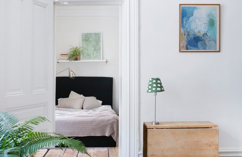 Vasastan sovrum vägg konst dörrfoder