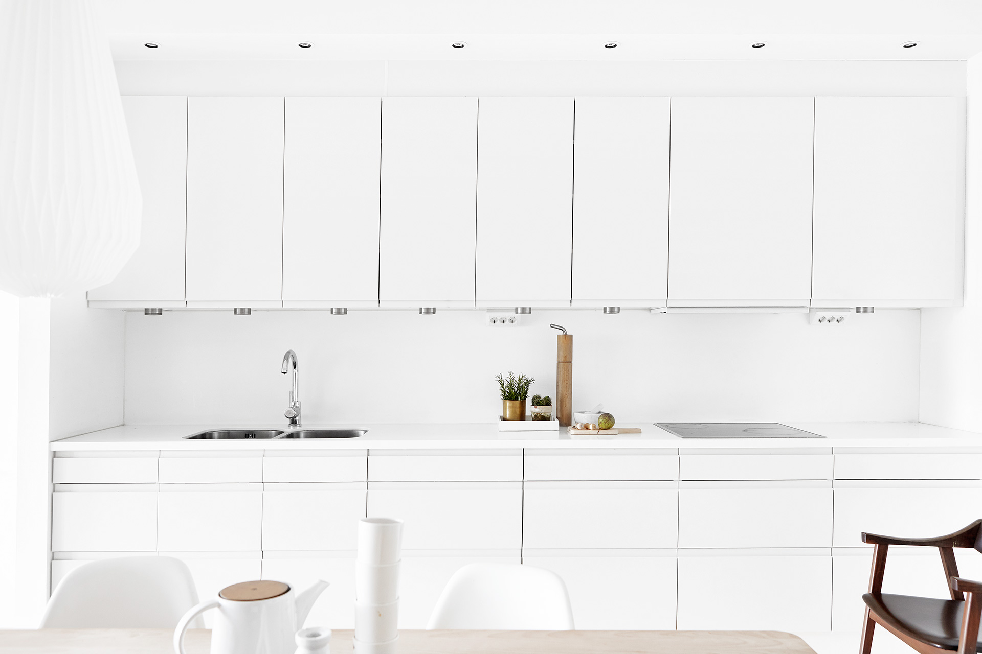 White kitchen by Fantastic Frank