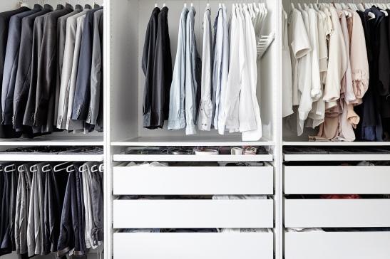 Södermalm sovrum garderob färgmatch ordning skjortor
