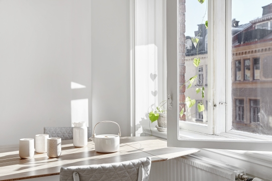 breakfast table scandinavian interior Joakim Johansson Mimmi Staaf Sibyllegatan