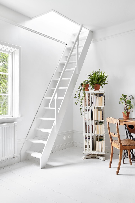 Stairway Livingroom Stockholm Scandinavian Interior Joakim Johansson Mimmi Staaf Torsvagen75_2