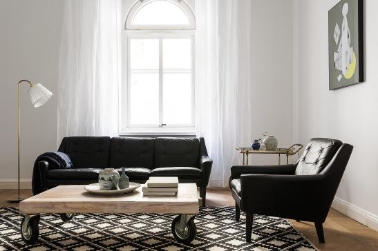 Birger Jarlsgatan Östermalm vardagsrum livingroom 60-tal retor läder svart vittFantastic frank