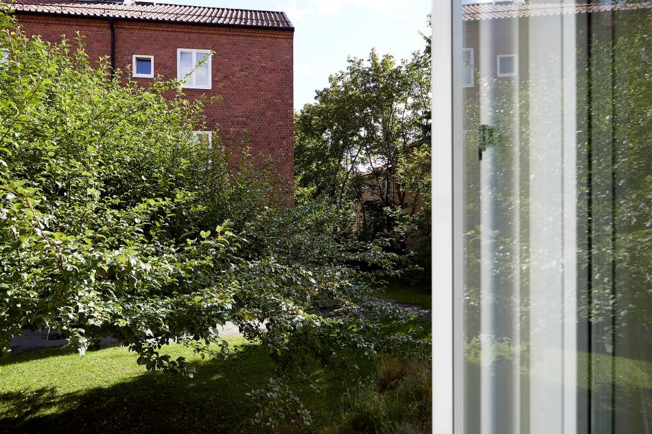 Borrvägen Telefonplan view bricks summer trees Fantastic Frank