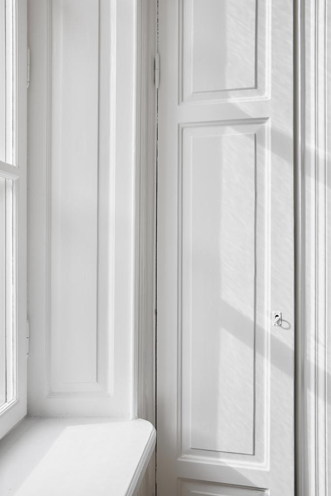 Östermalmsgatan white wood closet key Fantastic Frank