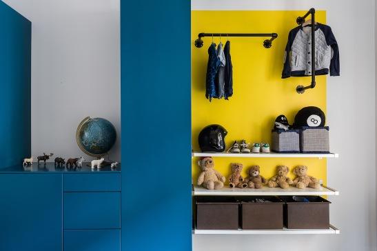 Norra Agnegatan Kungsholmen Blur yellow wardrobe toys teddybears globe Fantastic Frank