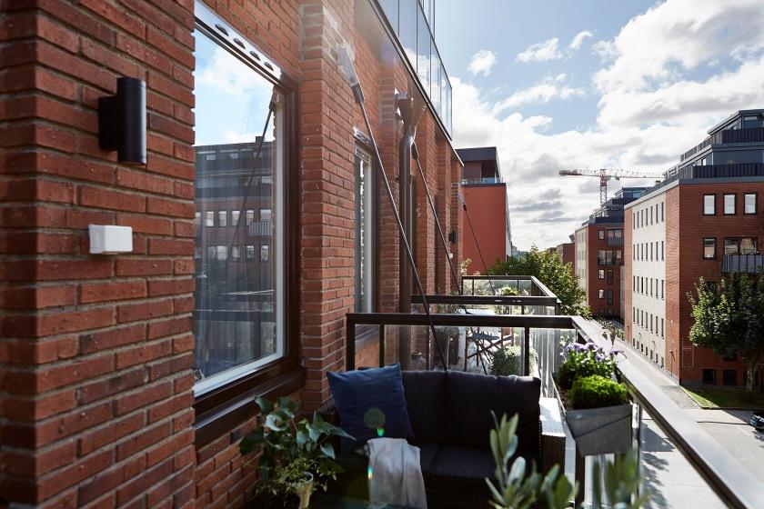 Sehlstedtsgatan balcony geen bricks Fantastic Frank