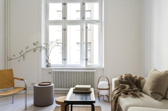 Vasastan Döbelnsgatan livingroom beige white dahl agenturer Fantastic Frank