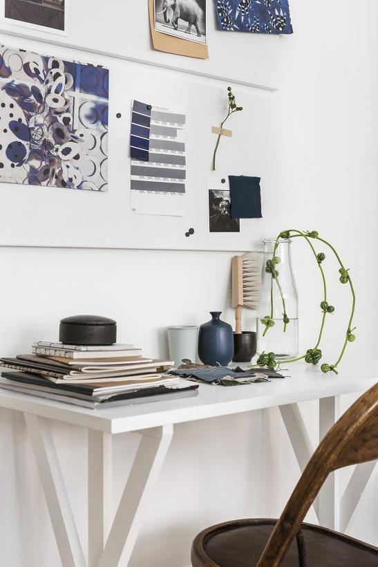 Vasastan Roslagsgatan hay dahlagenturer details working space arbetsbord flower blue Fantastic Frank