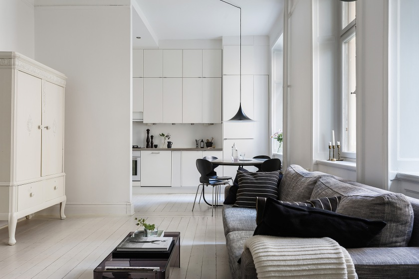 Rörstrandsgatan Birkastan livingroom kitchen white black grey Fantastic Frank