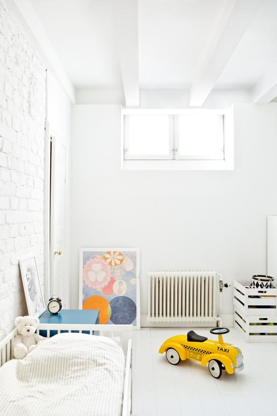 sankteriksgatan kunsholmen stockholm children yellow white fantasticfrank