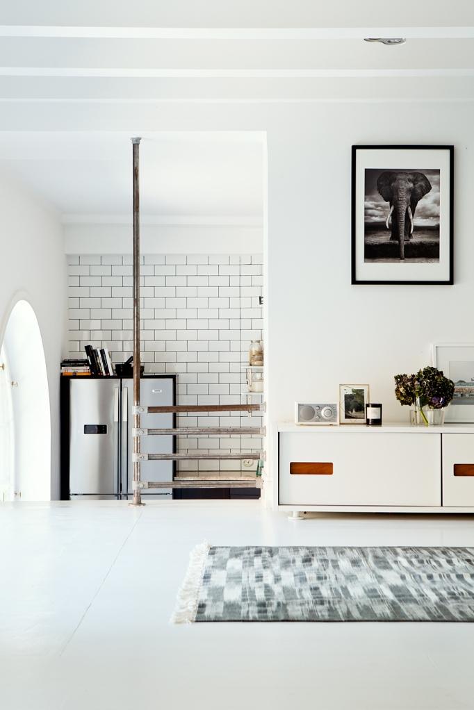 sankteriksgatan kunsholmen stockholm livingroom kitchen windows kakel fantasticfrank