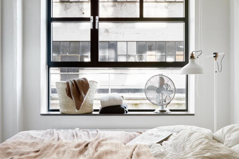 Kvarngränd Stockholm bedroom linnen blanket fan lamp Fantastic Frank