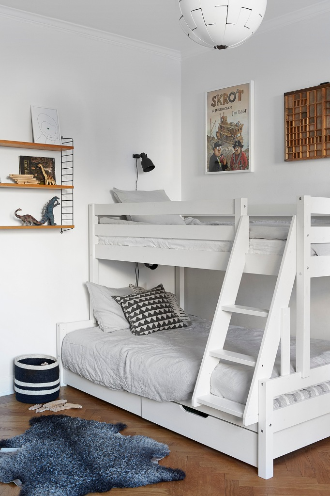 Rörstrandsgatan Stockholm kids room strinning string grey white Fantastic Frank
