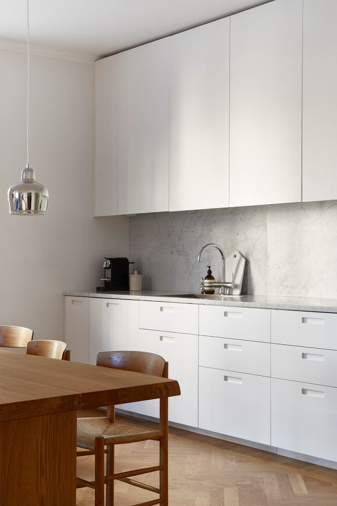 Rörstrandsgatan Stockholm kitchen marble wood white aesop Fantastic Frank