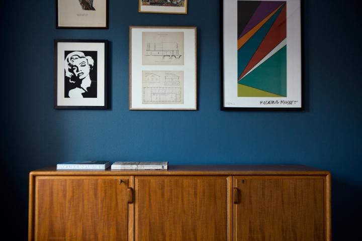 SIljansvägen Stockholm blue wall moderna museet teak bedroom Fantastic Frank